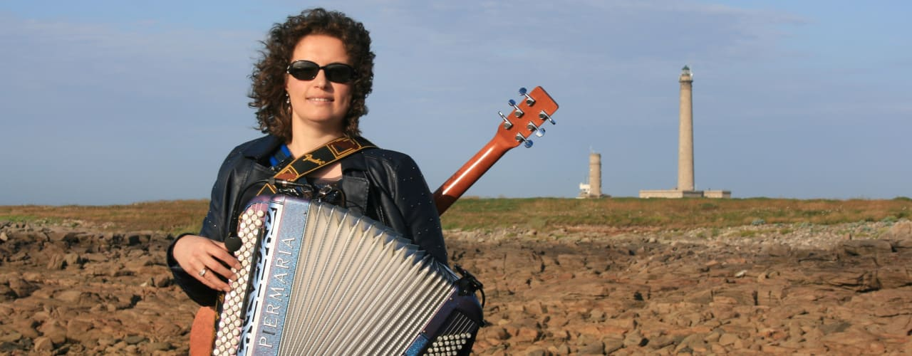 gwennaelle le grand accordeon guitare phare gatteville